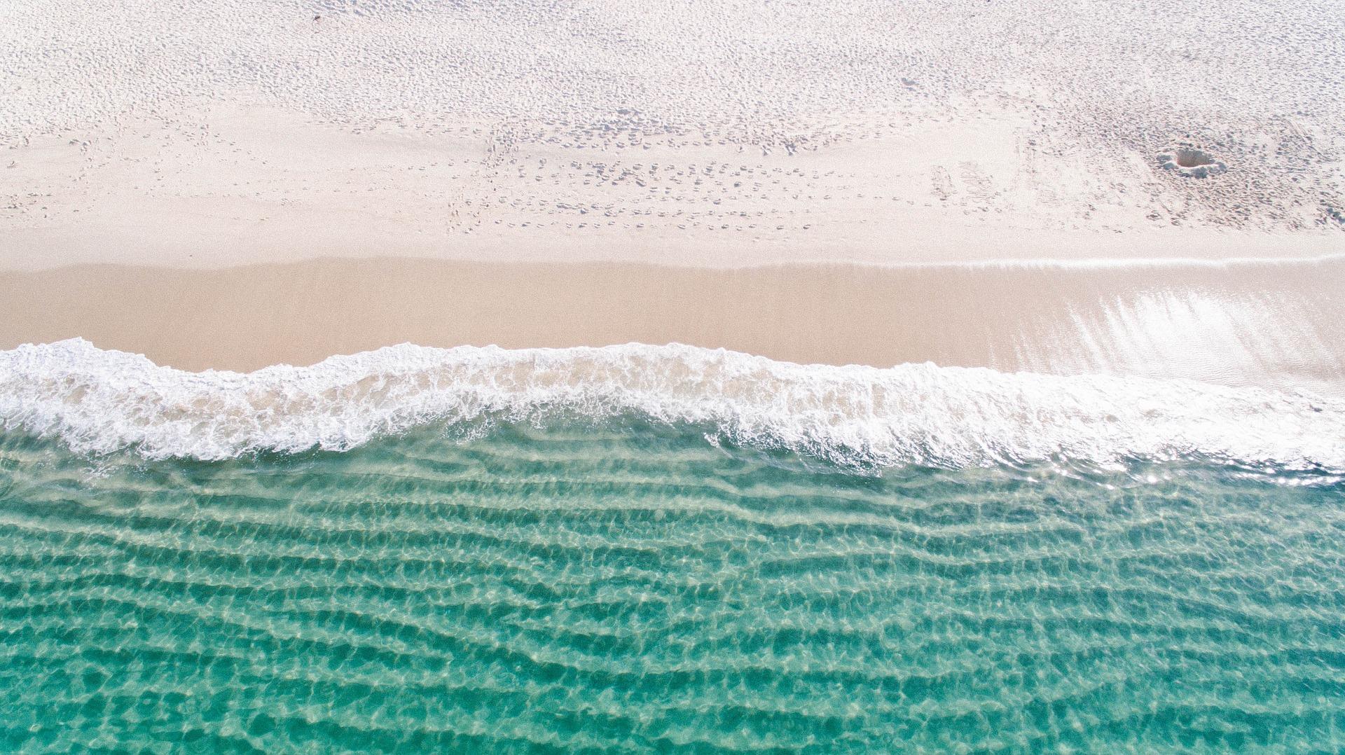 8 eco-tips per rispettare il mare e la spiaggia