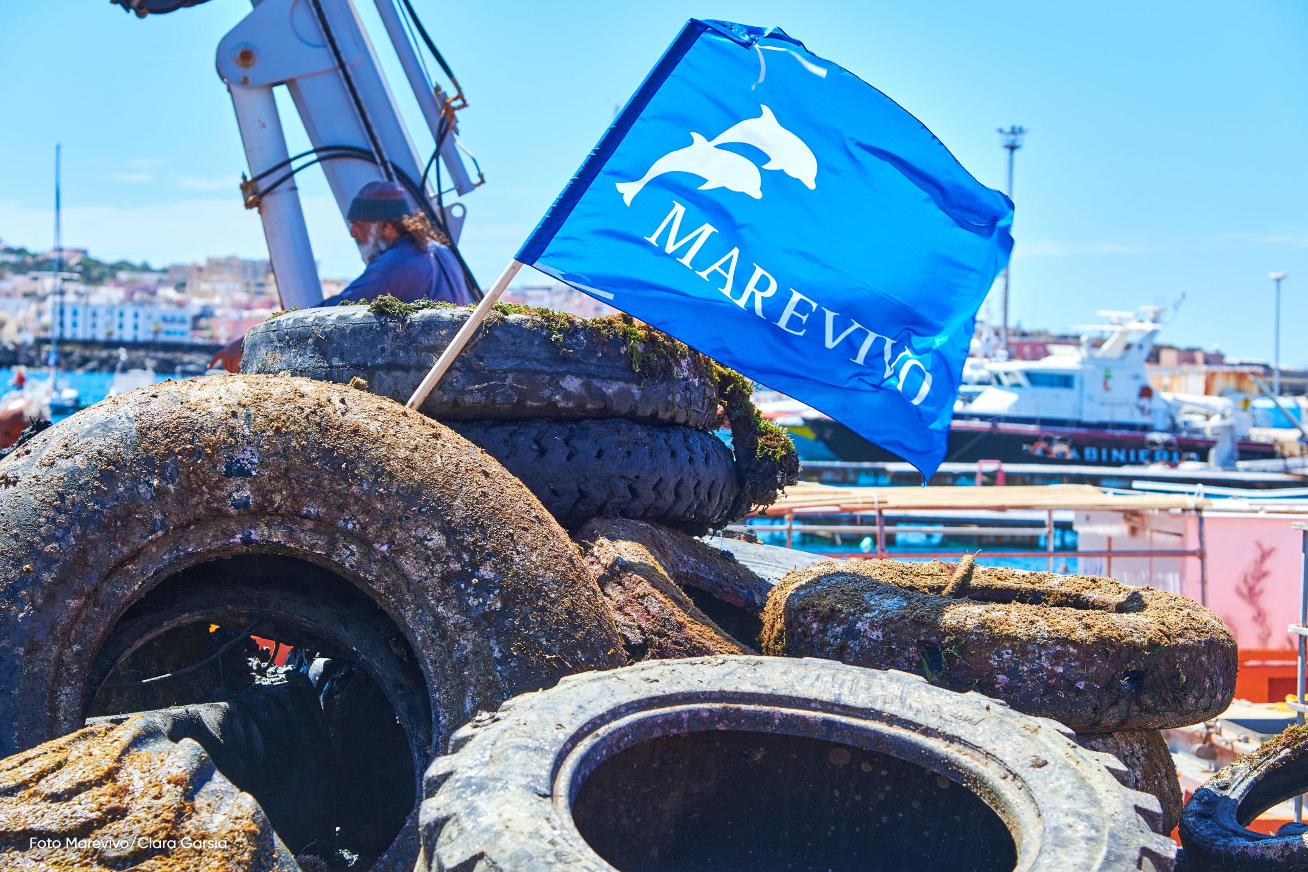 Torna PFU Zero: a Pantelleria recuperate 14 tonnellate di pneumatici dall'ambiente