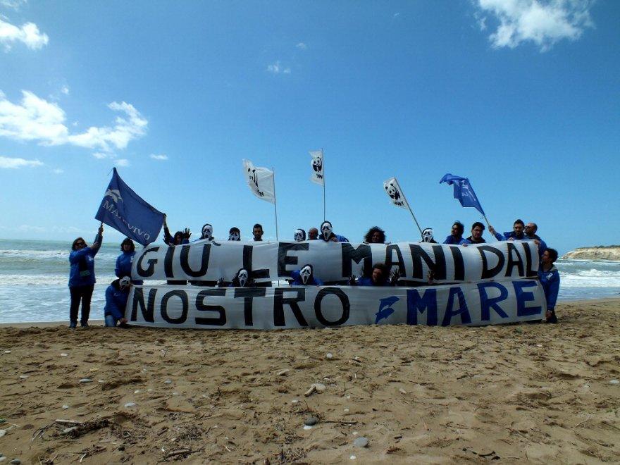 Siamo in debito con il Pianeta ma continuiamo a trivellare il mare. Cos'è il PiTESAI e perché è inaccettabile