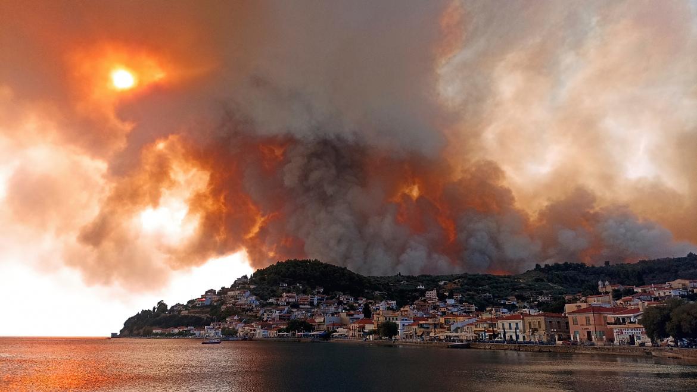 Mediterraneo in fiamme: qual è il ruolo del cambiamento climatico?